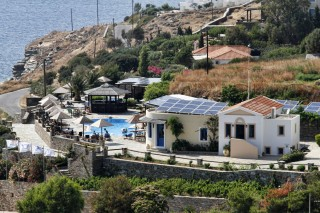 hotel-in-andros-01