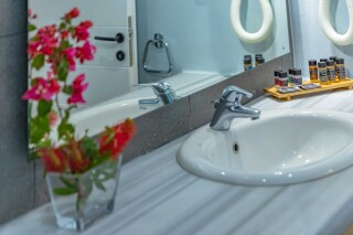 junior suite blue bay amenities