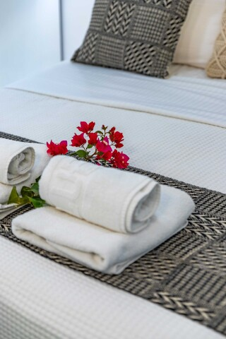 junior suite blue bay towels