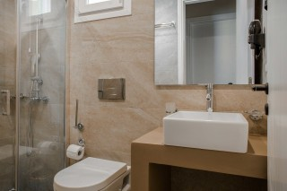 superior suite blue bay resort bathroom area